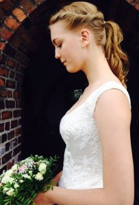 Den smukke brudepige Clara
