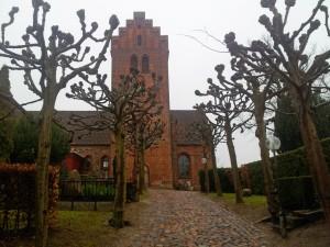 Lyngby Kirke Foto: Steen Larsen